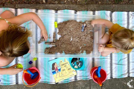 Stories Sensory Tables Exploring Sand Sandcastles WinterKids