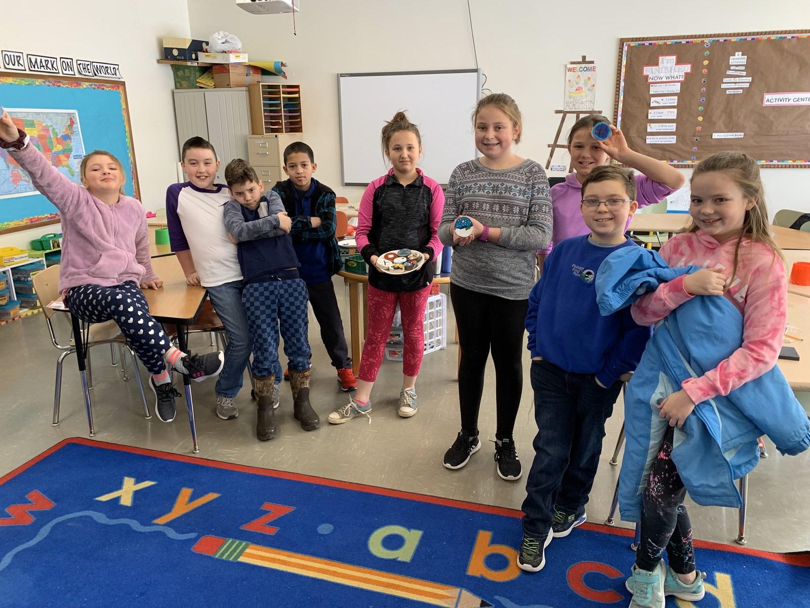 Katahdin Elementary Students Tree Cookies WinterKids